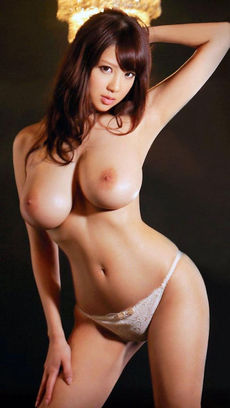 【美乳エロ画像】美しいおっぱいは正義!美乳の女の子のエロ画像集めたった! 38