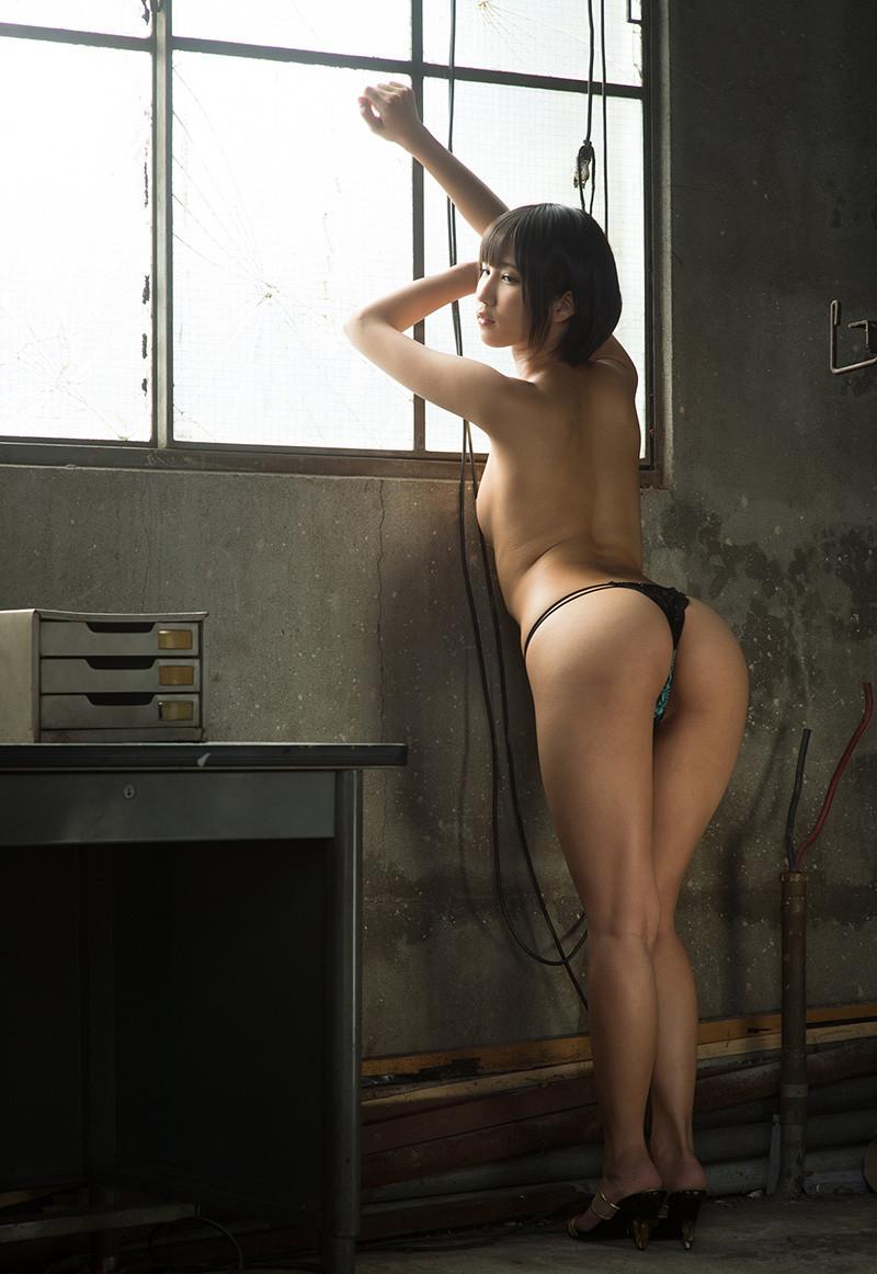 【Tバックエロ画像】美尻の女の子のTバック姿の画像集めたった!wwwwww 15