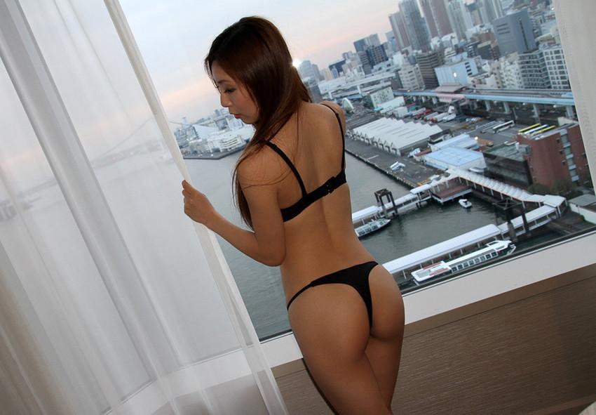 【Tバックエロ画像】美尻の女の子のTバック姿の画像集めたった!wwwwww 82