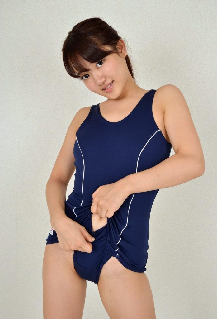 【スクール水着エロ画像】時期はずれでも見たい!スクール水着のマニアック女子! 43