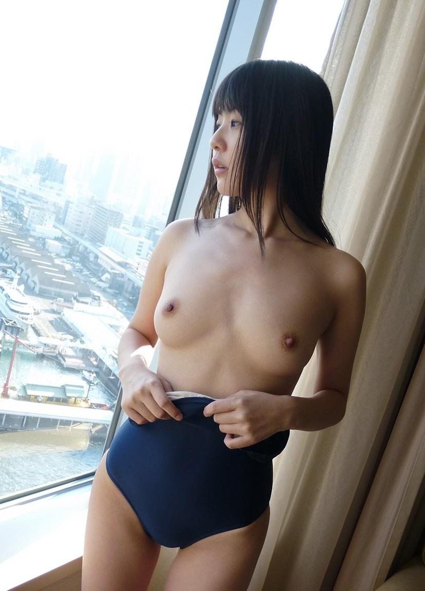 【スクール水着エロ画像】時期はずれでも見たい!スクール水着のマニアック女子! 61