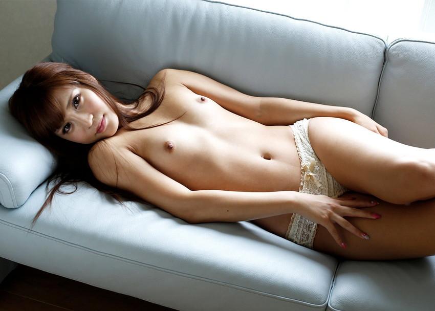 【貧乳エロ画像】貧乳なんて呼び方は失礼!?今では巨乳と人気を二分するちっぱい!? 38