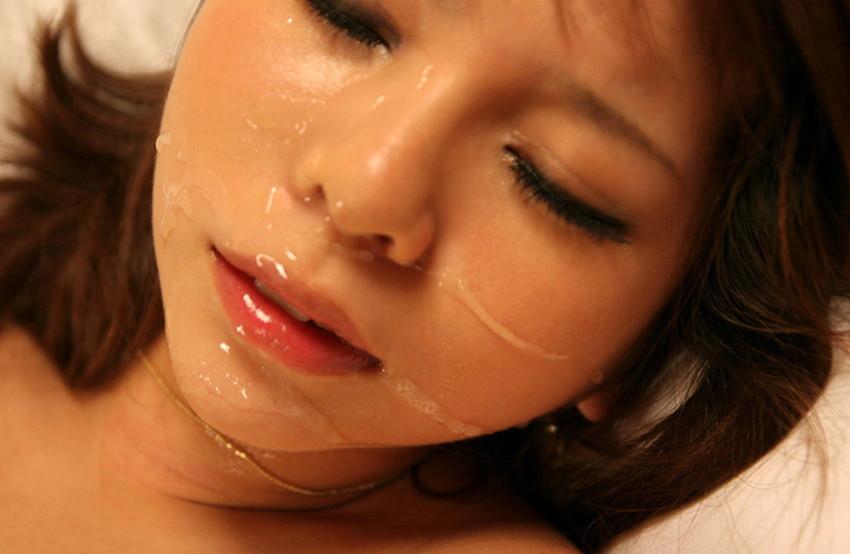 【顔射エロ画像】女の子の顔面がザーメンにまみれた卑猥な画像で抜く!? 14