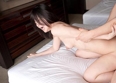 【バックエロ画像】お尻フェチにオススメの女の子の尻を眺めてハメられるセックスの体位