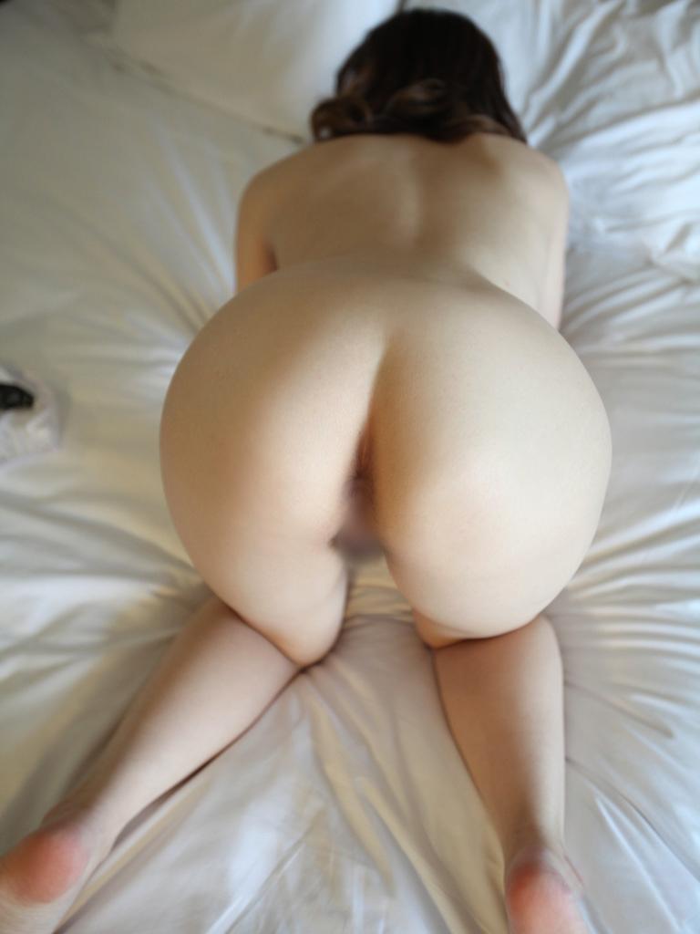 【アナルエロ画像】性器を見られるよりも恥ずかしい不浄の穴をカメラの前で披露! 25