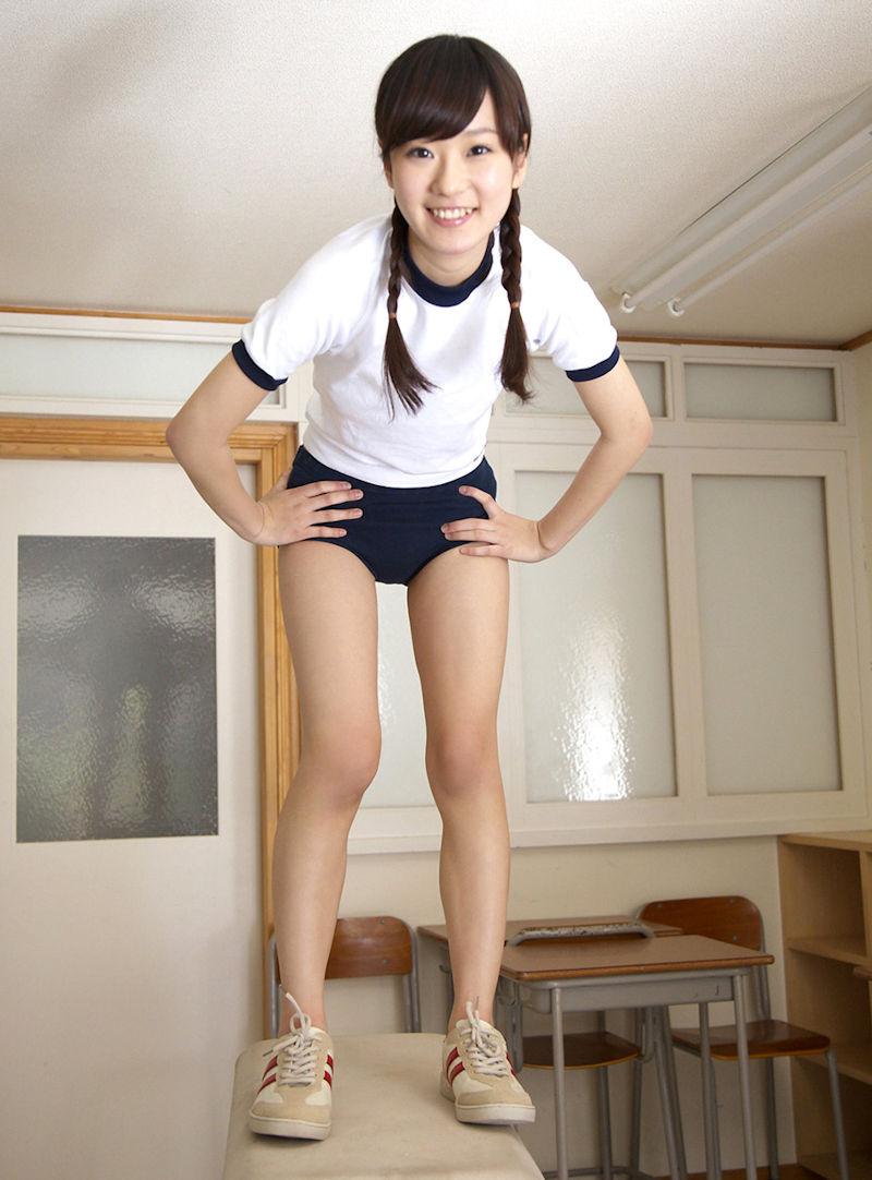 【体操服エロ画像】ワイ、学生時代の体育の時に女子のこんな格好に勃起してたなww 46