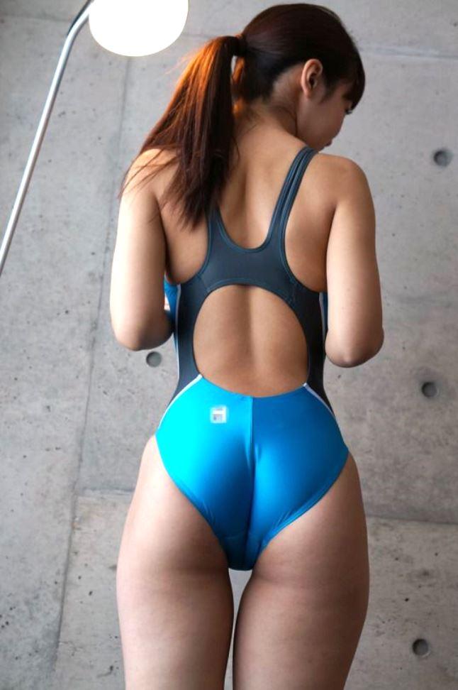 【競泳水着エロ画像】競泳用の水着なのにやたらエロい感じがする競泳水着! 12