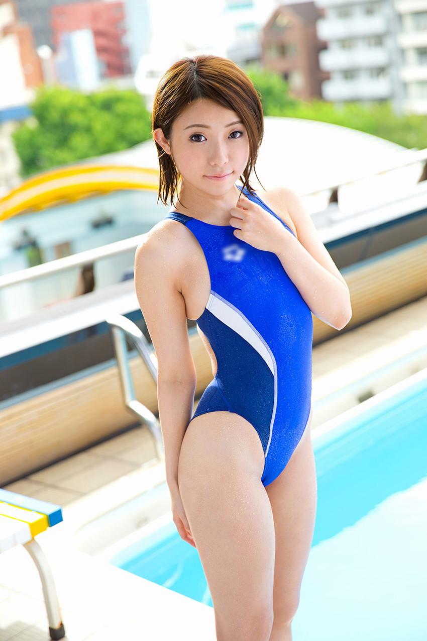 【競泳水着エロ画像】競泳用の水着なのにやたらエロい感じがする競泳水着! 44