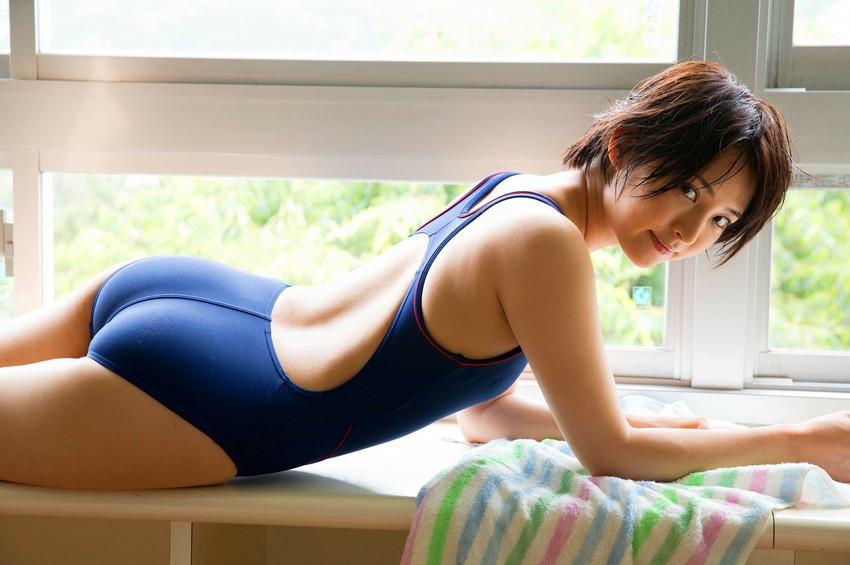 【競泳水着エロ画像】競泳用の水着なのにやたらエロい感じがする競泳水着! 72