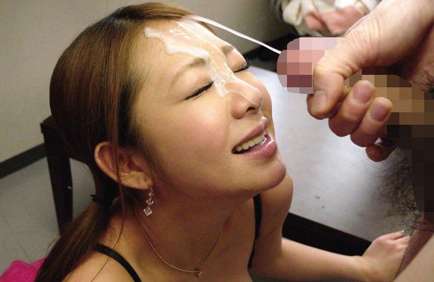 【顔射エロ画像】男の支配欲を満たす!顔射の餌食化した女子たちの卑猥な表情! 39