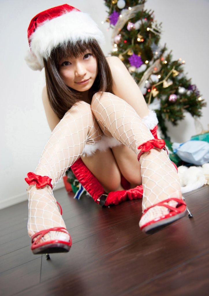 【サンタコスプレエロ画像】こんなエッチなサンタ!クリスマスイブに降りて来い! 16