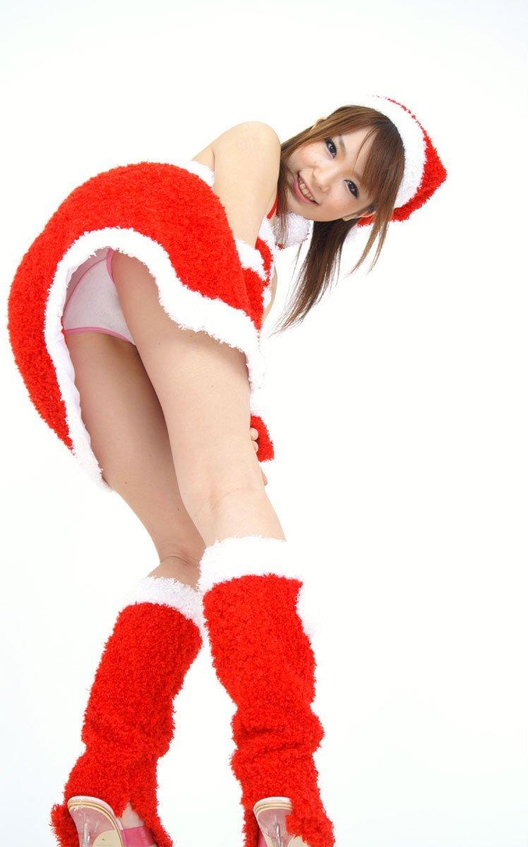 【サンタコスプレエロ画像】こんなエッチなサンタ!クリスマスイブに降りて来い! 33