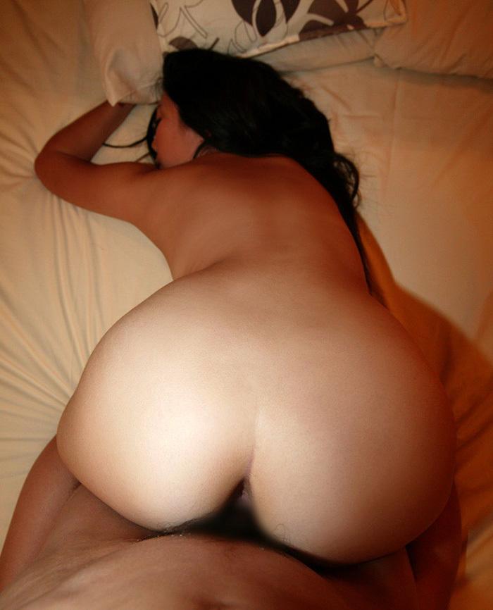 【バックエロ画像】女の子の尻に魅力を感じるヤツが愛してやまない体位がこちらw 35