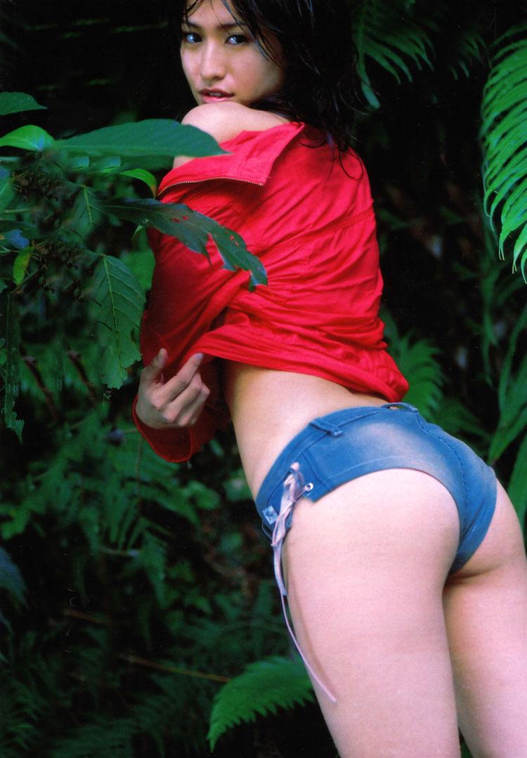 【ホットパンツエロ画像】女の子が薄着になる季節が恋しくなるホットパンツ! 71