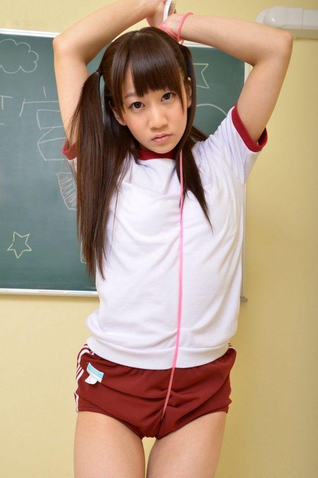 【体操服エロ画像】学生時代に好きだったアノ子に重ねて妄想を楽しむ! 44