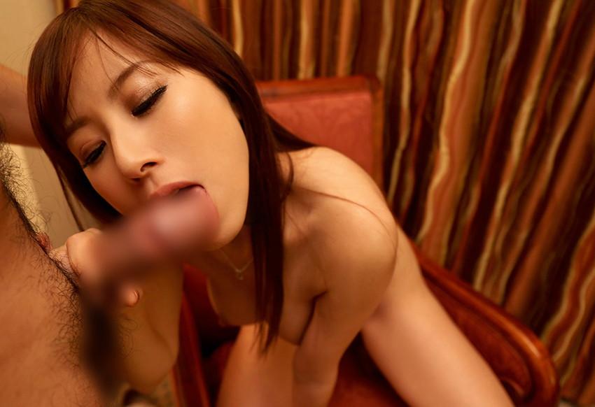 【全裸フェラチオエロ画像】オールヌードでフェラする女、エロくて草wwwww 53