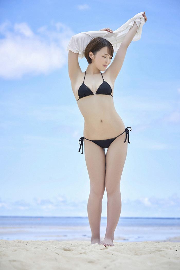 【ビキニエロ画像】これじゃまるで下着同然!露出度高すぎるビキニ水着ってエロッ! 55