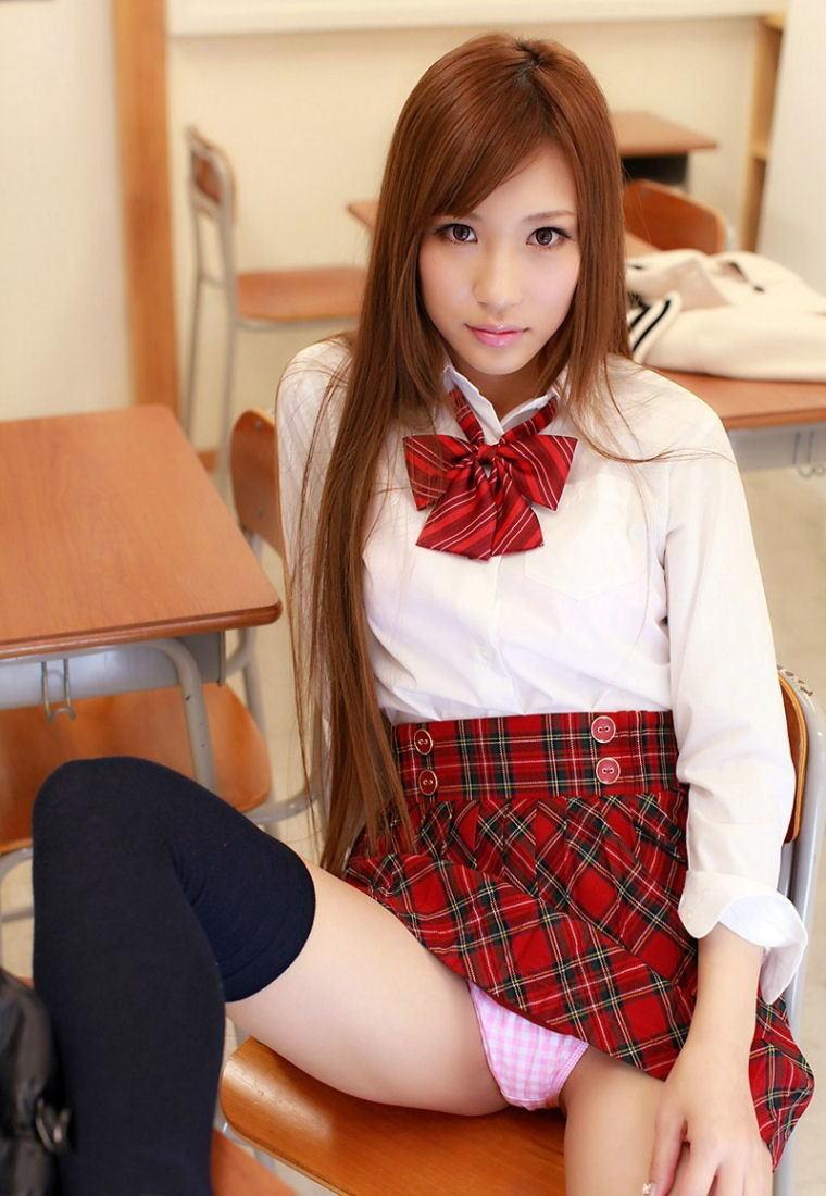 【JKコスプレエロ画像】ホンモノJKには劣るけどフレッシュな魅力の女の子達! 23