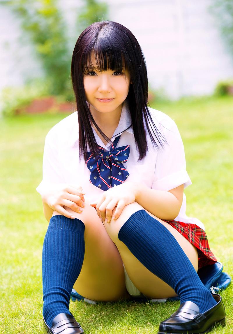【JKコスプレエロ画像】ホンモノJKには劣るけどフレッシュな魅力の女の子達! 77