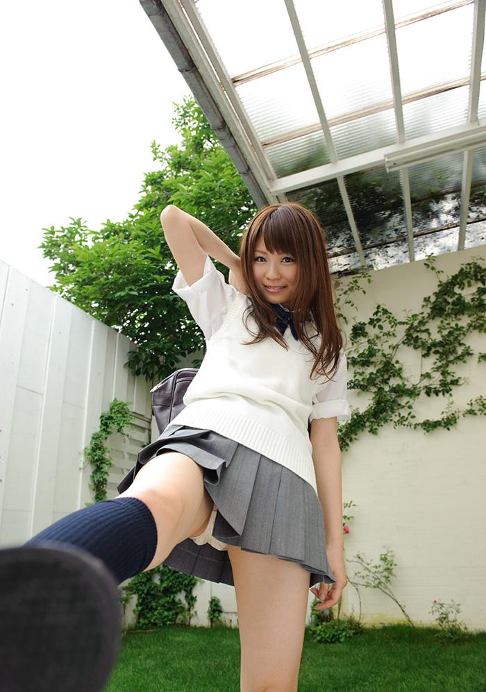 【JKコスプレエロ画像】ホンモノJKには劣るけどフレッシュな魅力の女の子達! 83