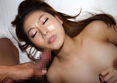 【顔射エロ画像】男の征服欲を掻き立てる!顔射された女の子達!