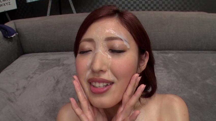 【顔射エロ画像】男の征服欲を掻き立てる!顔射された女の子達! 06