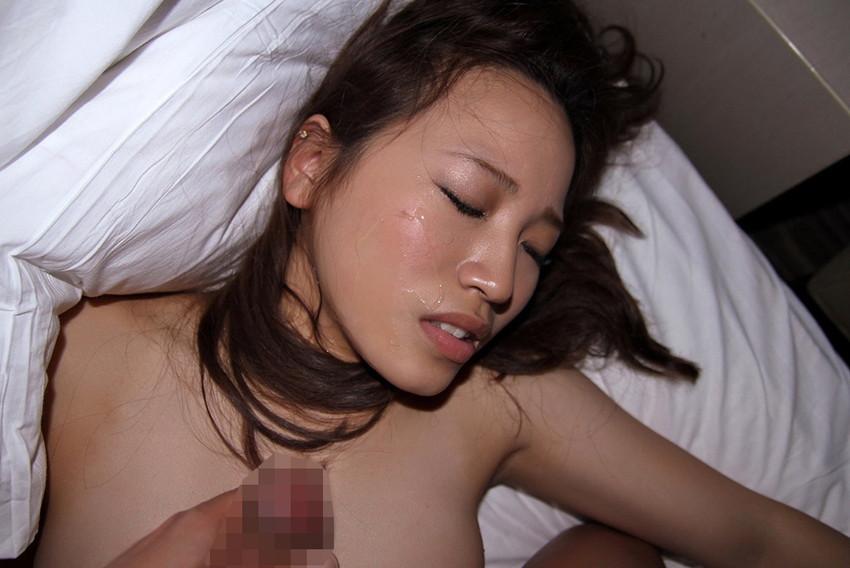【顔射エロ画像】男の征服欲を掻き立てる!顔射された女の子達! 19