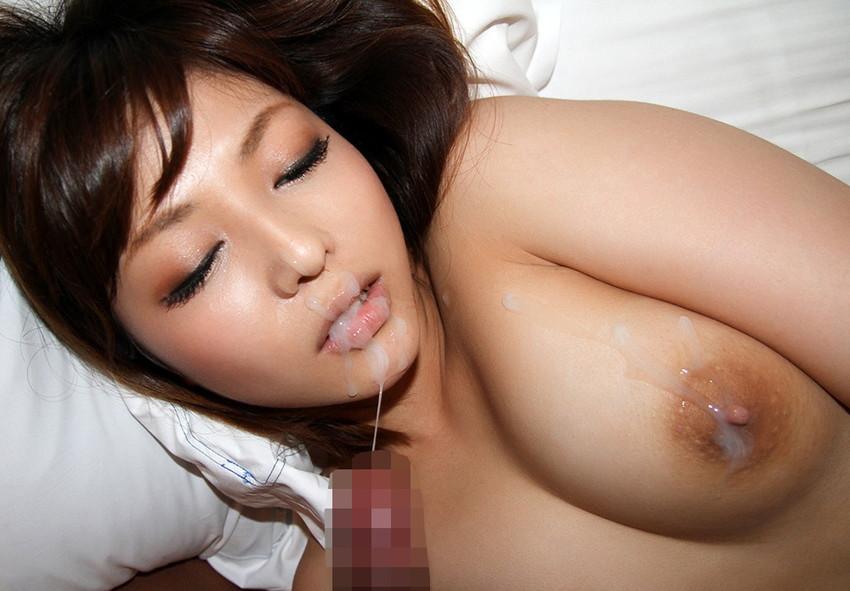 【顔射エロ画像】男の征服欲を掻き立てる!顔射された女の子達! 25