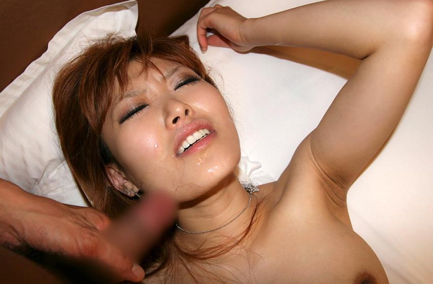 【顔射エロ画像】男の征服欲を掻き立てる!顔射された女の子達! 58