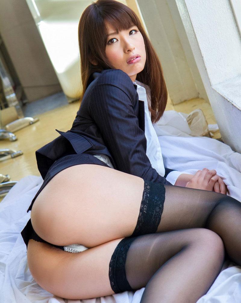 【パンチラエロ画像】美人美脚な女の子たちのスカートの中身、覗いたったぜw 06