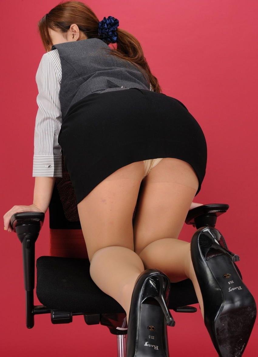 【パンチラエロ画像】美人美脚な女の子たちのスカートの中身、覗いたったぜw 59