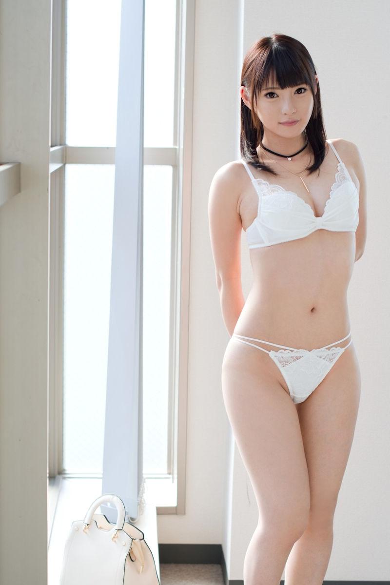 【ランジェリーエロ画像】下着姿と侮ること無かれ!セクシーすぎるランジェリー女子! 63