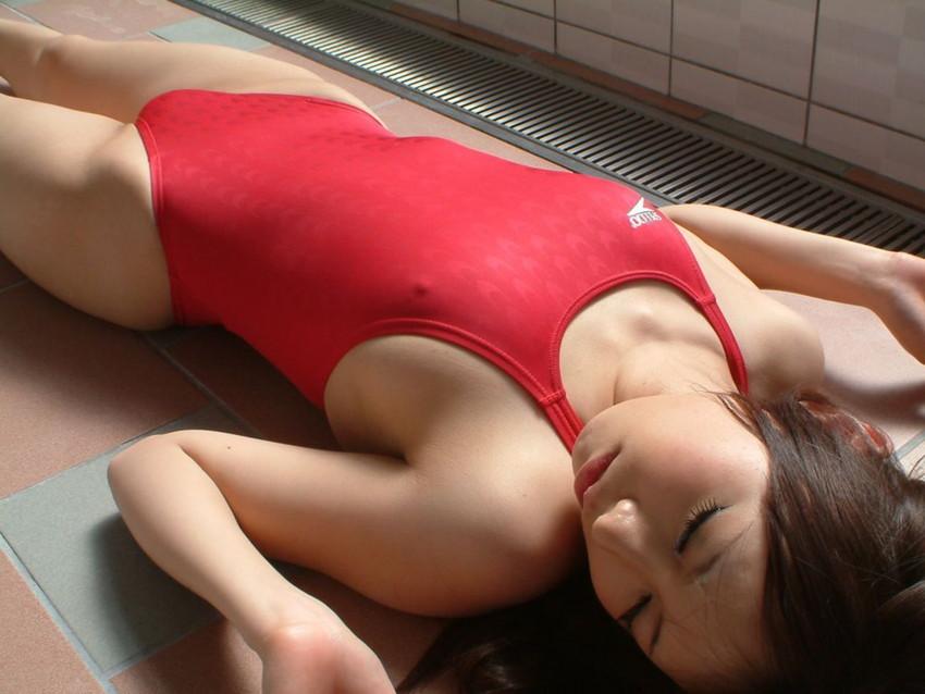 【競泳水着エロ画像】これが競泳用の水着!?ちょっとマジでエロいんだけど… 10