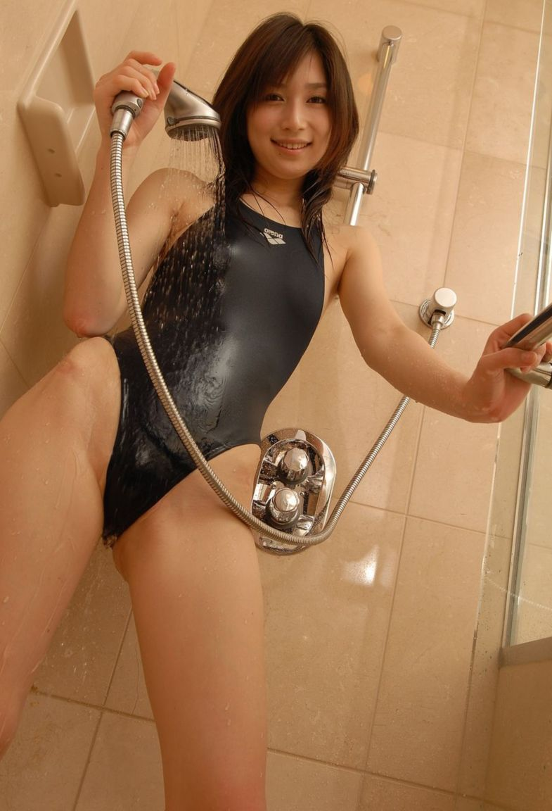 【競泳水着エロ画像】これが競泳用の水着!?ちょっとマジでエロいんだけど… 67