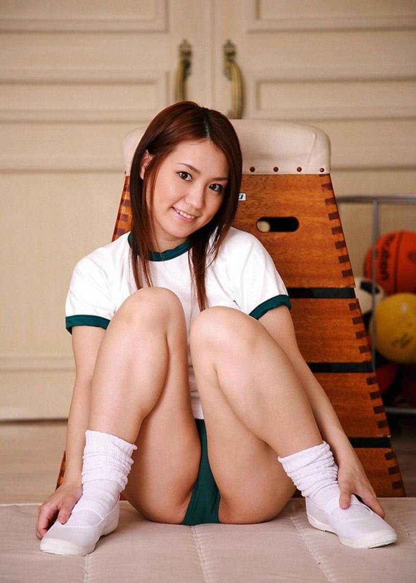 【体操服エロ画像】これが堪らない!学生時代の体育の授業で女子をエロい目で見てたやつ必見! 55