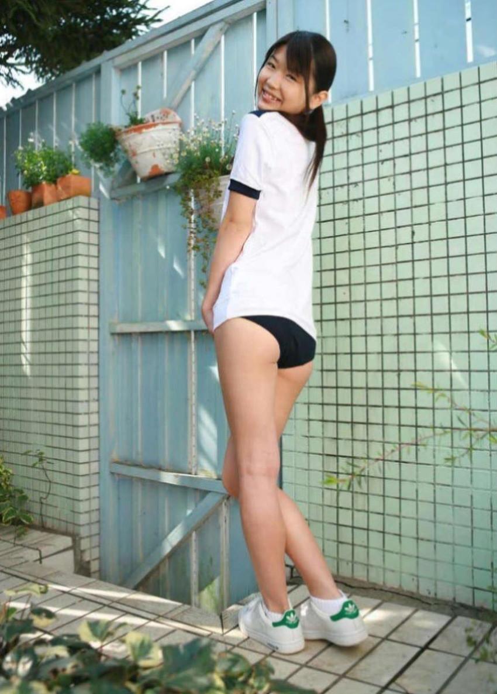 【体操服エロ画像】これが堪らない!学生時代の体育の授業で女子をエロい目で見てたやつ必見! 77