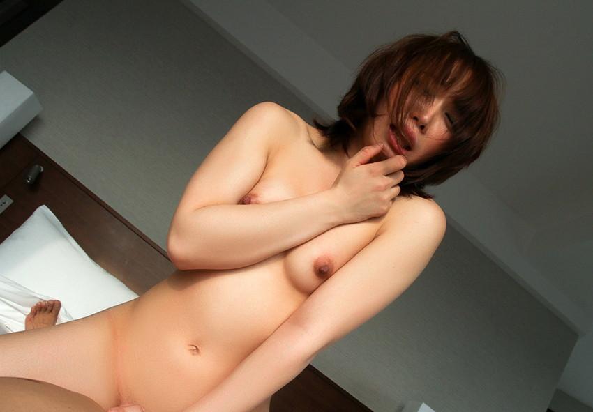 【騎乗位エロ画像】女の子に導かれる感覚が最高な騎乗位セックス! 60