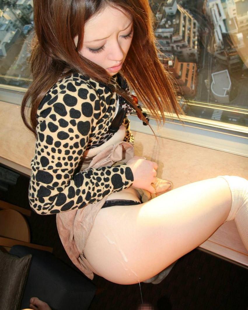 【射精エロ画像】ドピュッ!女の子の体のいたるところをザーメンで汚す! 12
