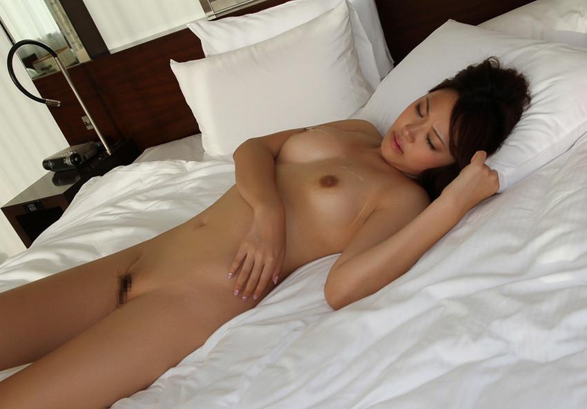 【射精エロ画像】ドピュッ!女の子の体のいたるところをザーメンで汚す! 45