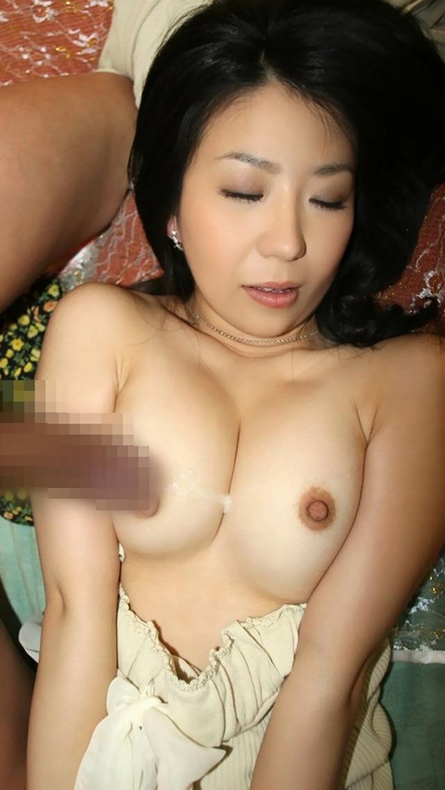 【射精エロ画像】ドピュッ!女の子の体のいたるところをザーメンで汚す! 46