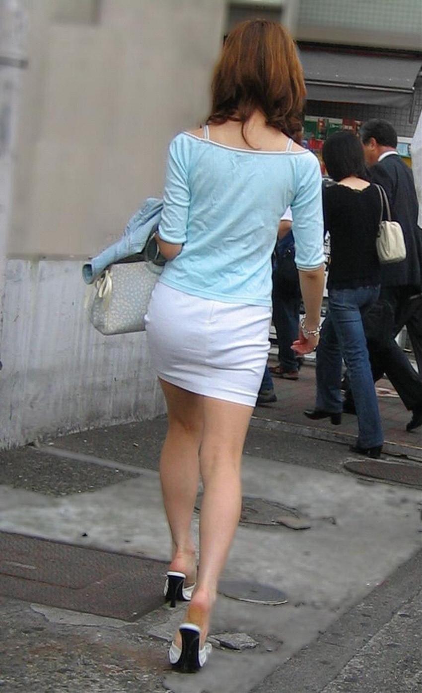 【ミニスカエロ画像】美脚、むき出しの太もも!春よ来い!美脚ミニスカエロ画像 30
