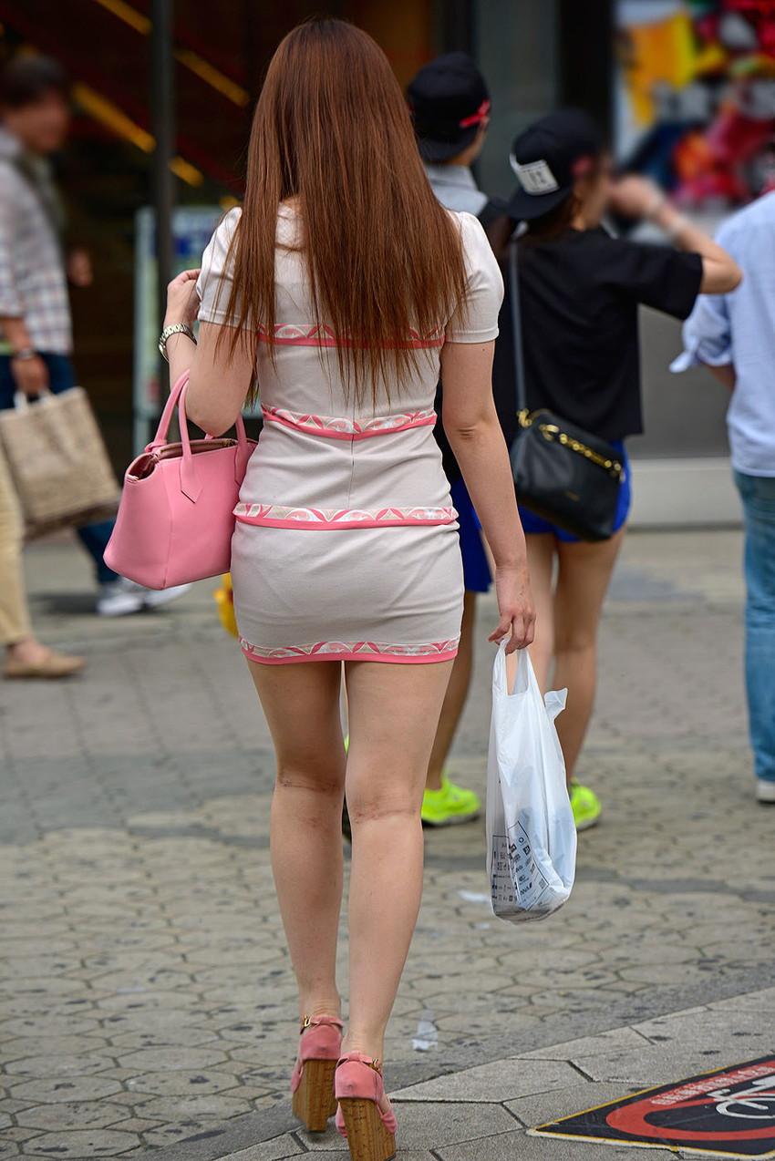 【ミニスカエロ画像】美脚、むき出しの太もも!春よ来い!美脚ミニスカエロ画像 37