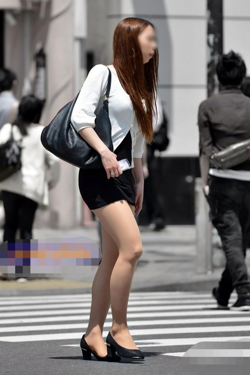 【ミニスカエロ画像】美脚、むき出しの太もも!春よ来い!美脚ミニスカエロ画像 54