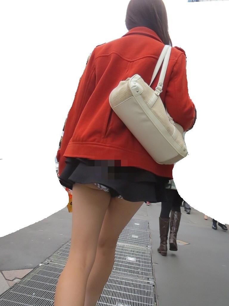 【ミニスカエロ画像】美脚、むき出しの太もも!春よ来い!美脚ミニスカエロ画像 75