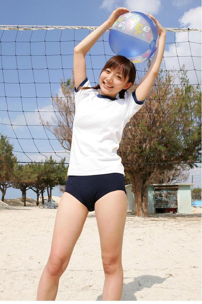 【体操服エロ画像】マニアックだけど、意外にも抜ける体操服姿の女子! 52