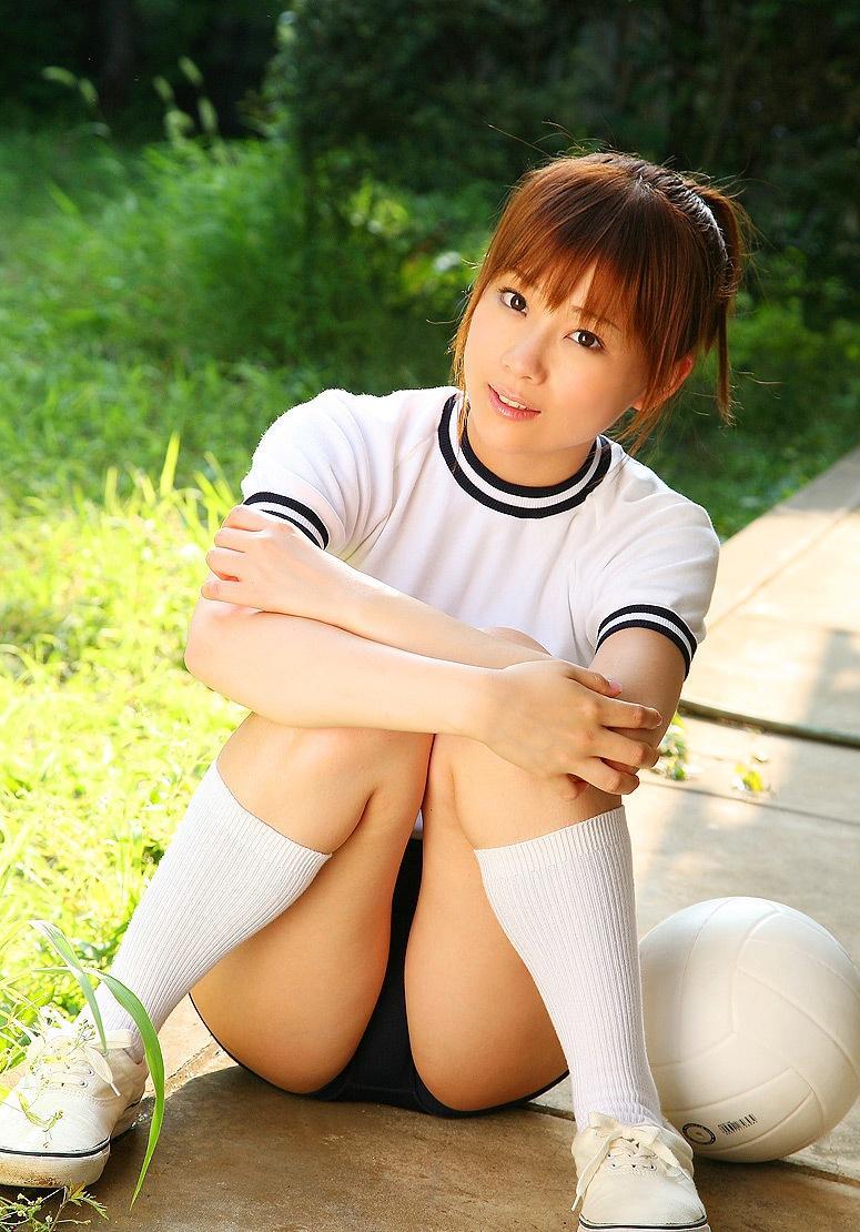 【体操服エロ画像】マニアックだけど、意外にも抜ける体操服姿の女子! 74