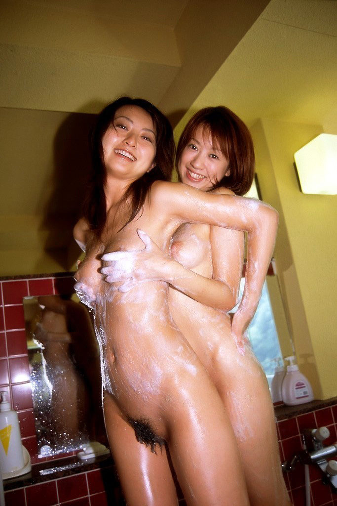 【レズビアンエロ画像】エロさの中にも美しさ!ある種のアートみたいなレズビアン! 36