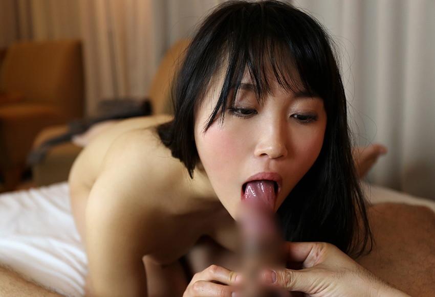 【全裸フェラエロ画像】素っ裸でチンポを咥える全裸フェラ!もう堪らん!! 77