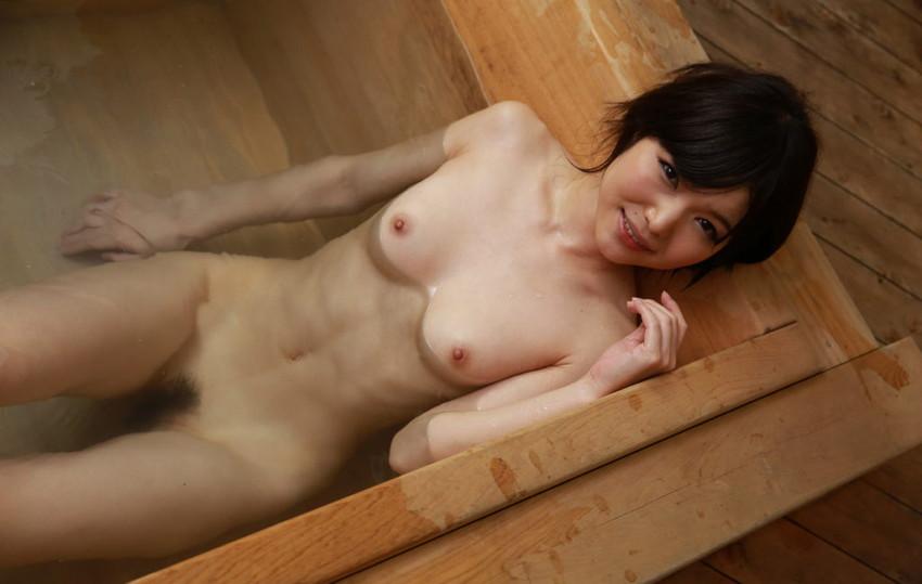 【入浴エロ画像】入浴中の女の子!当然、全裸だから堪らんよな!wwww 49