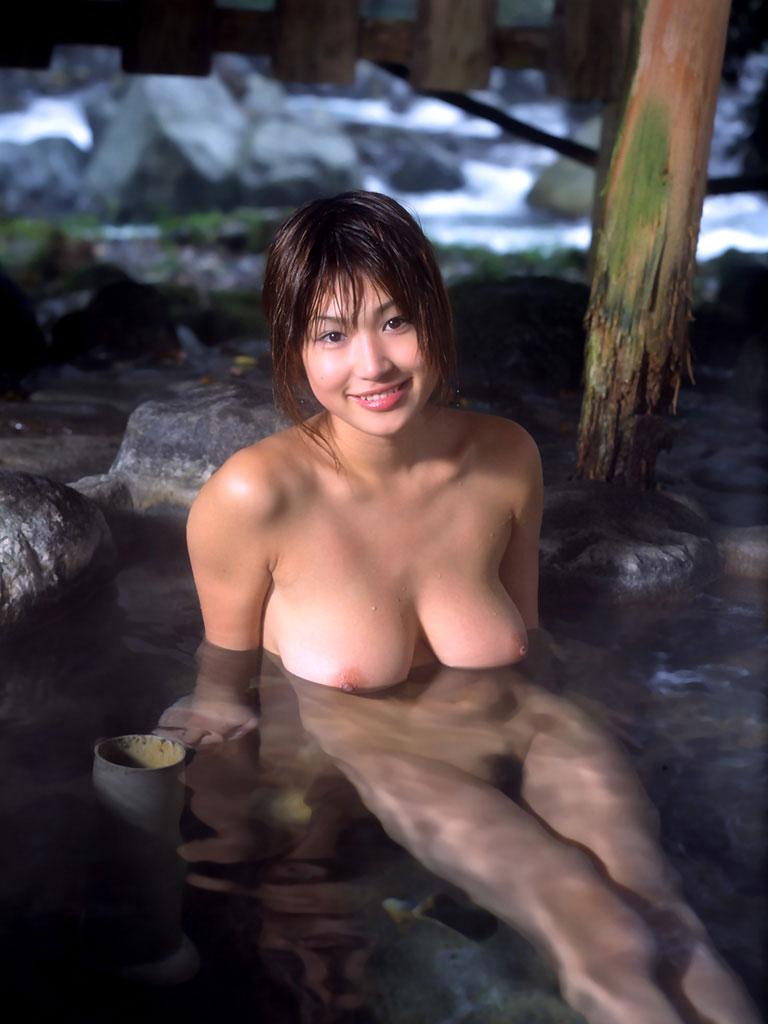 【入浴エロ画像】入浴中の女の子!当然、全裸だから堪らんよな!wwww 69